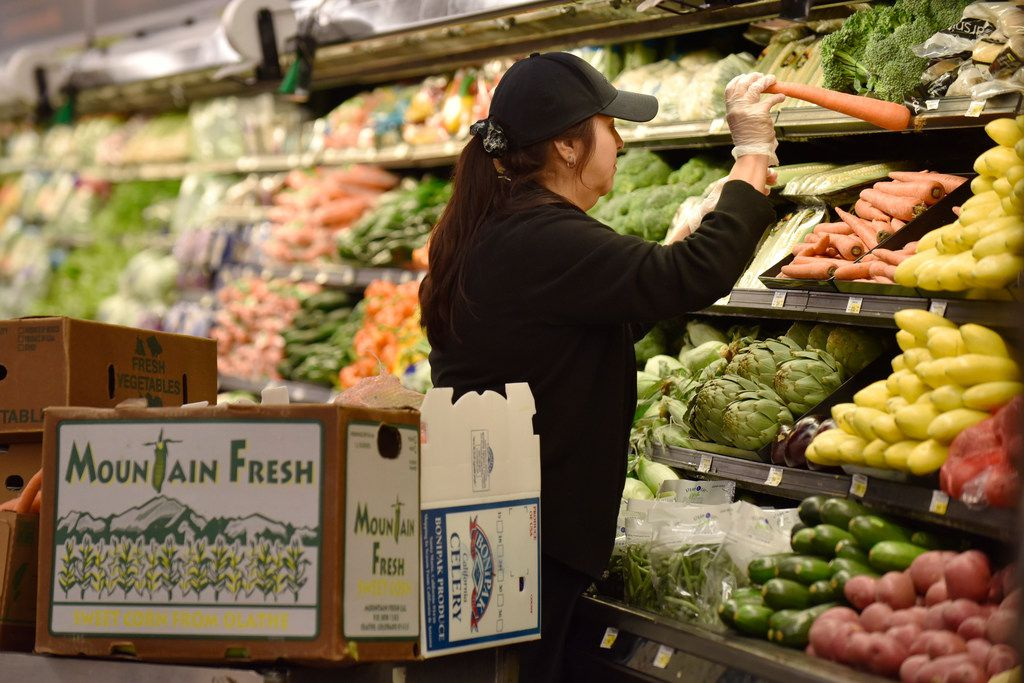 Grocery Store Wars Walmart Central Market Post Big Gains As