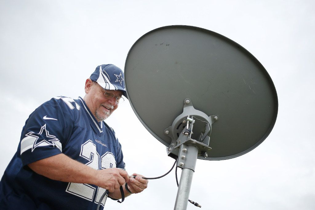 AT&T, CBS end 20-day blackout in time for NFL's start  But