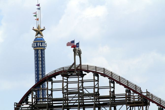 Investigation of Texas Giant accident to be led by Six Flags