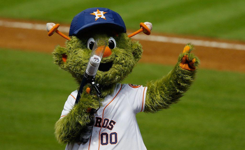 Astros Mascot >> 1 Million Lawsuit Says Houston Astros Mascot Broke Woman S