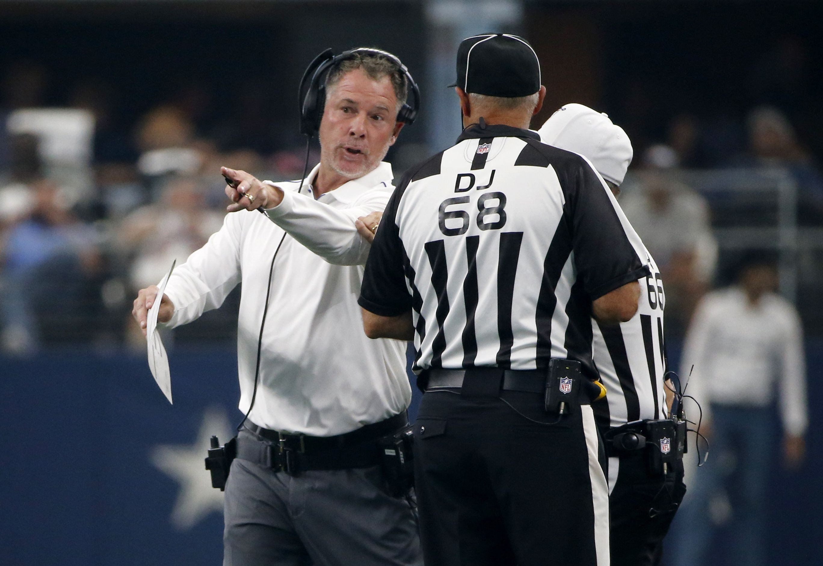Sorry Angry Giants Fan Mob Pat Shurmur Should Not Be On