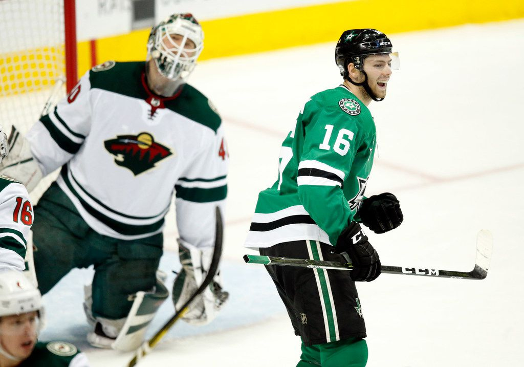promo code 9dc77 eead9 Dallas Stars re-sign center Jason Dickinson to one-year deal