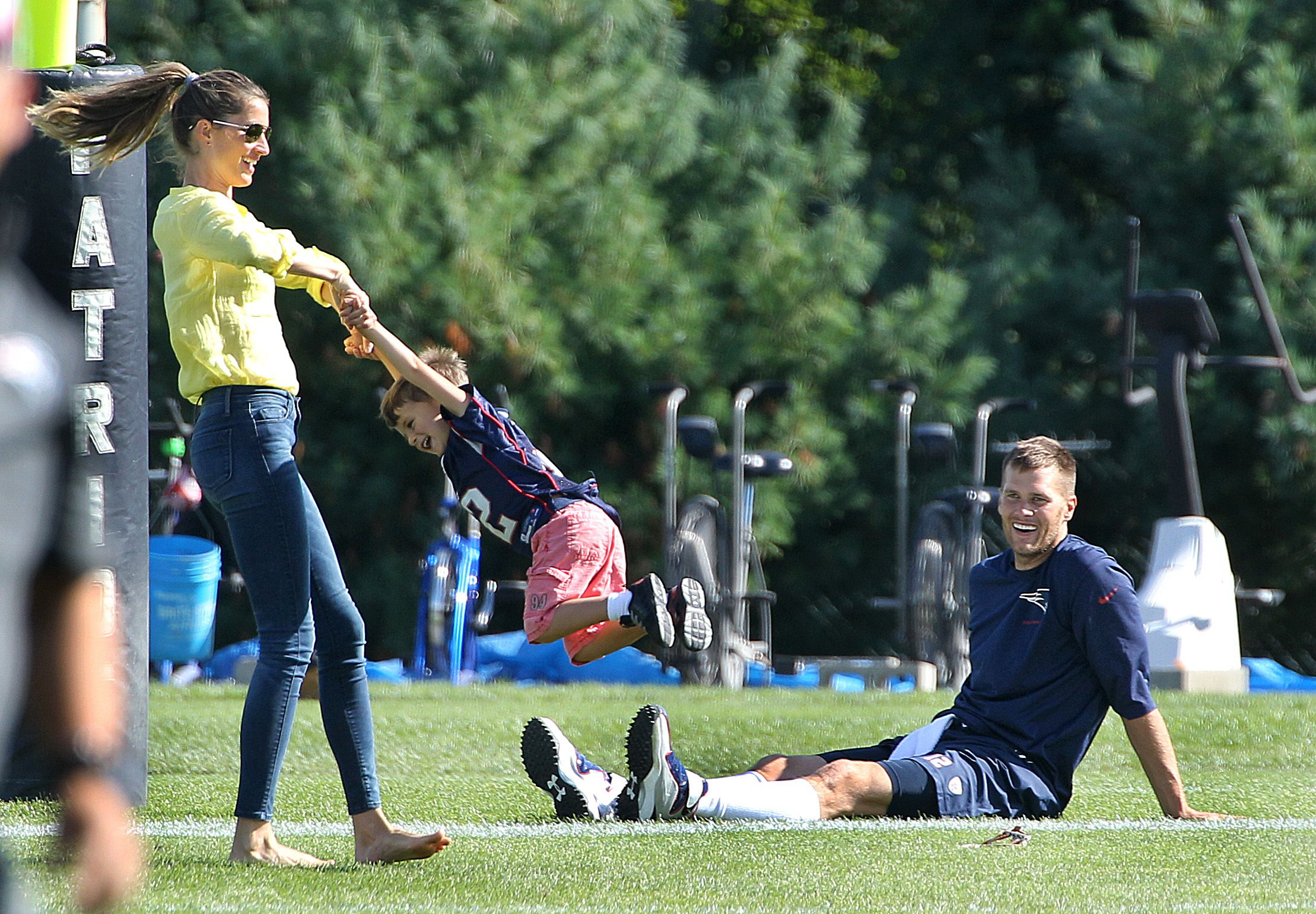 Tom Brady Dishes On Stepping Up For His Family Gisele Wasn T Satisfied With Our Marriage The Boston Globe