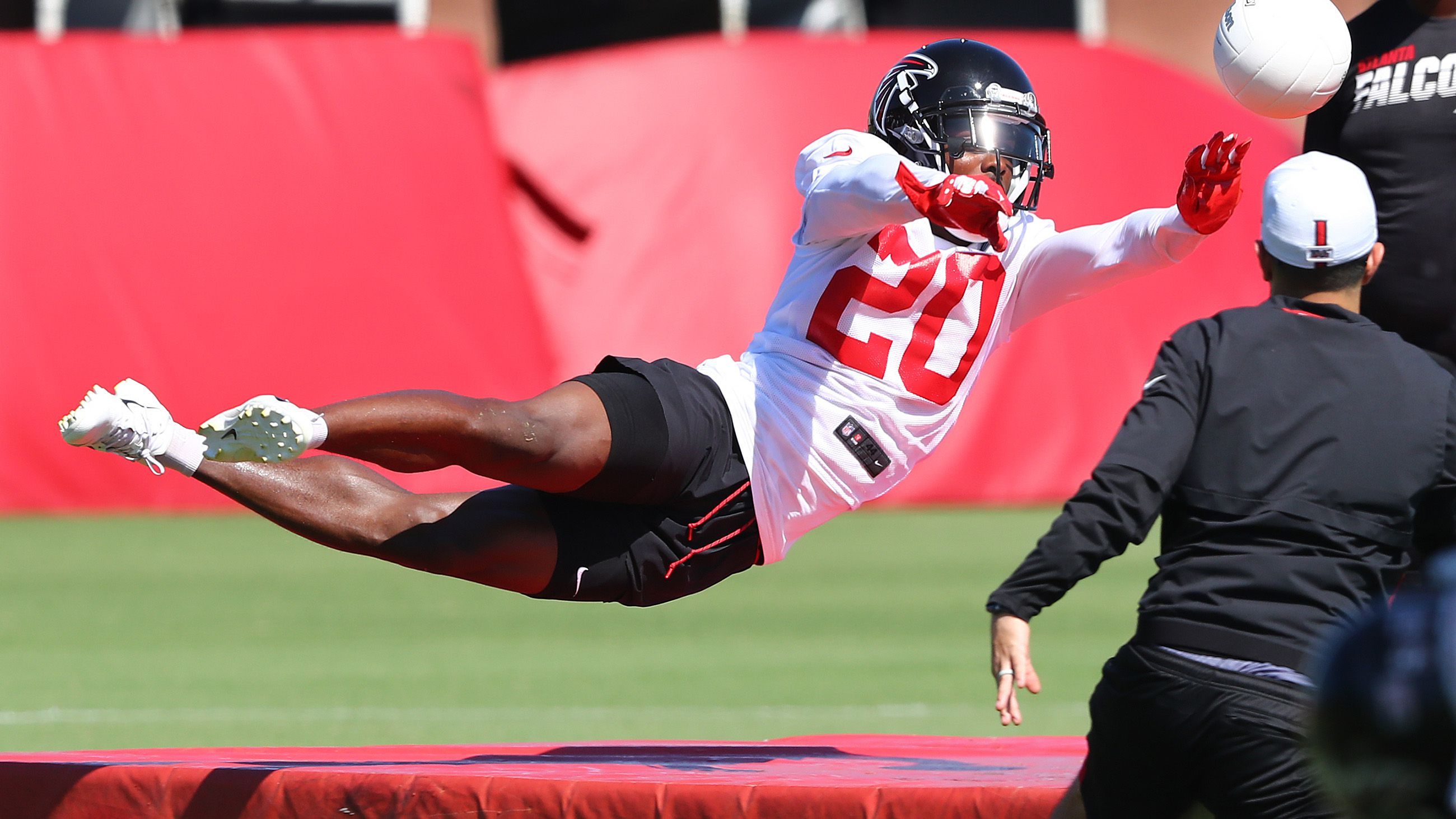 Falcons Believe Sheffield Can Be The No 1 Cornerback