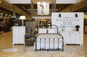 Fabulous Hgtv Fixer Upper Joanna Gaines Magnolia Home Furniture Home Interior And Landscaping Spoatsignezvosmurscom