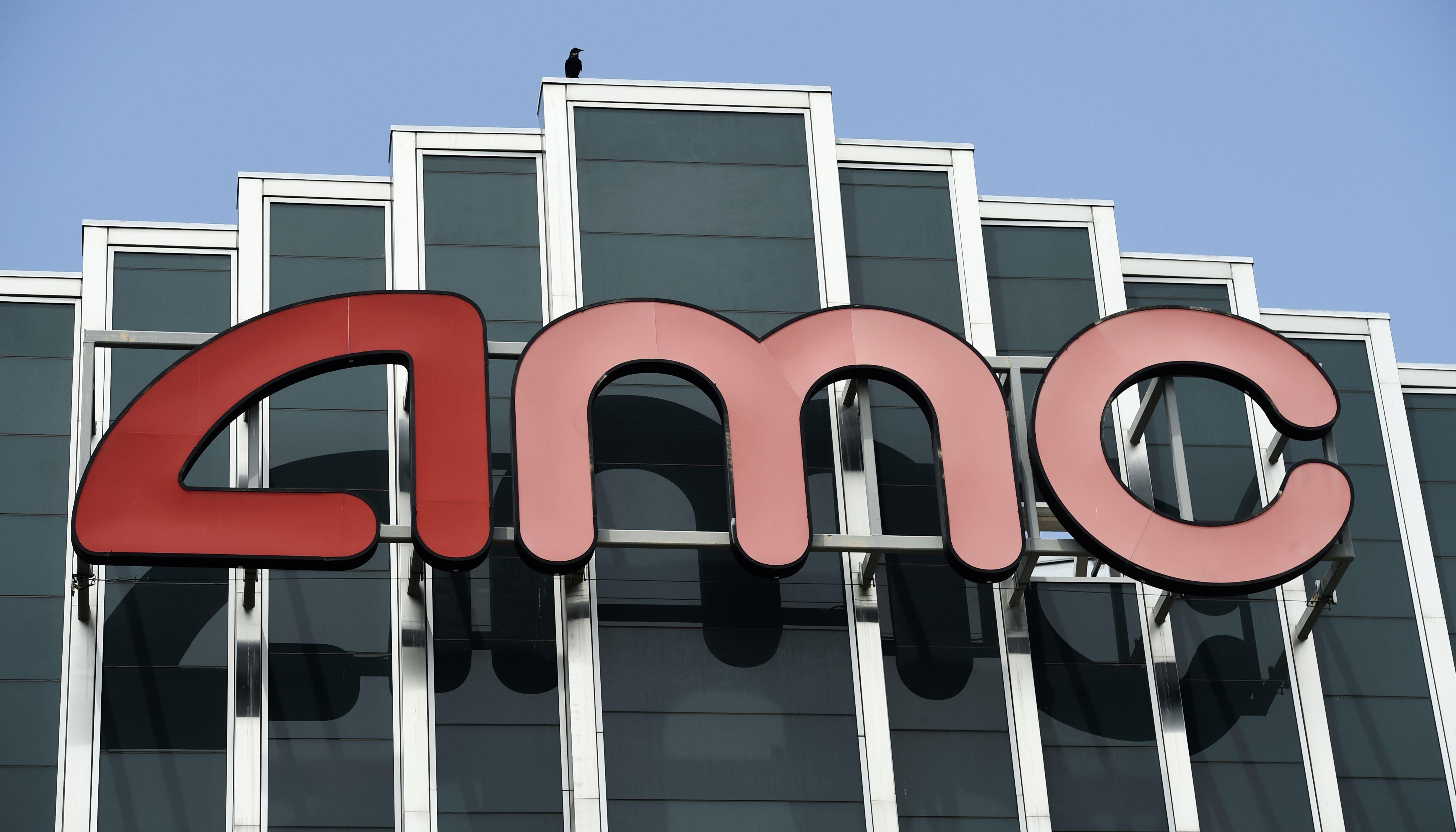 amc theatres regal cinemas in wichita reopen kwch com