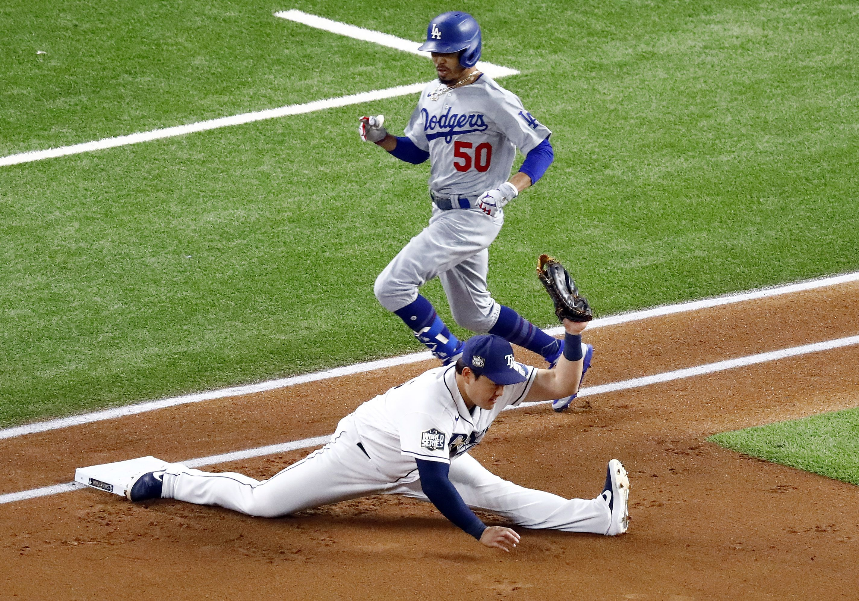 photos tampa bay rays ji man choi does the splits and more from game 3 of dallas morning news