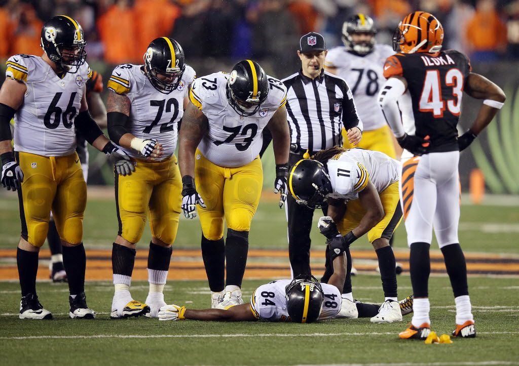 sale retailer 9653a fdd96 Cowlishaw: It's a no-brainer ... dirty hit on Steelers ...