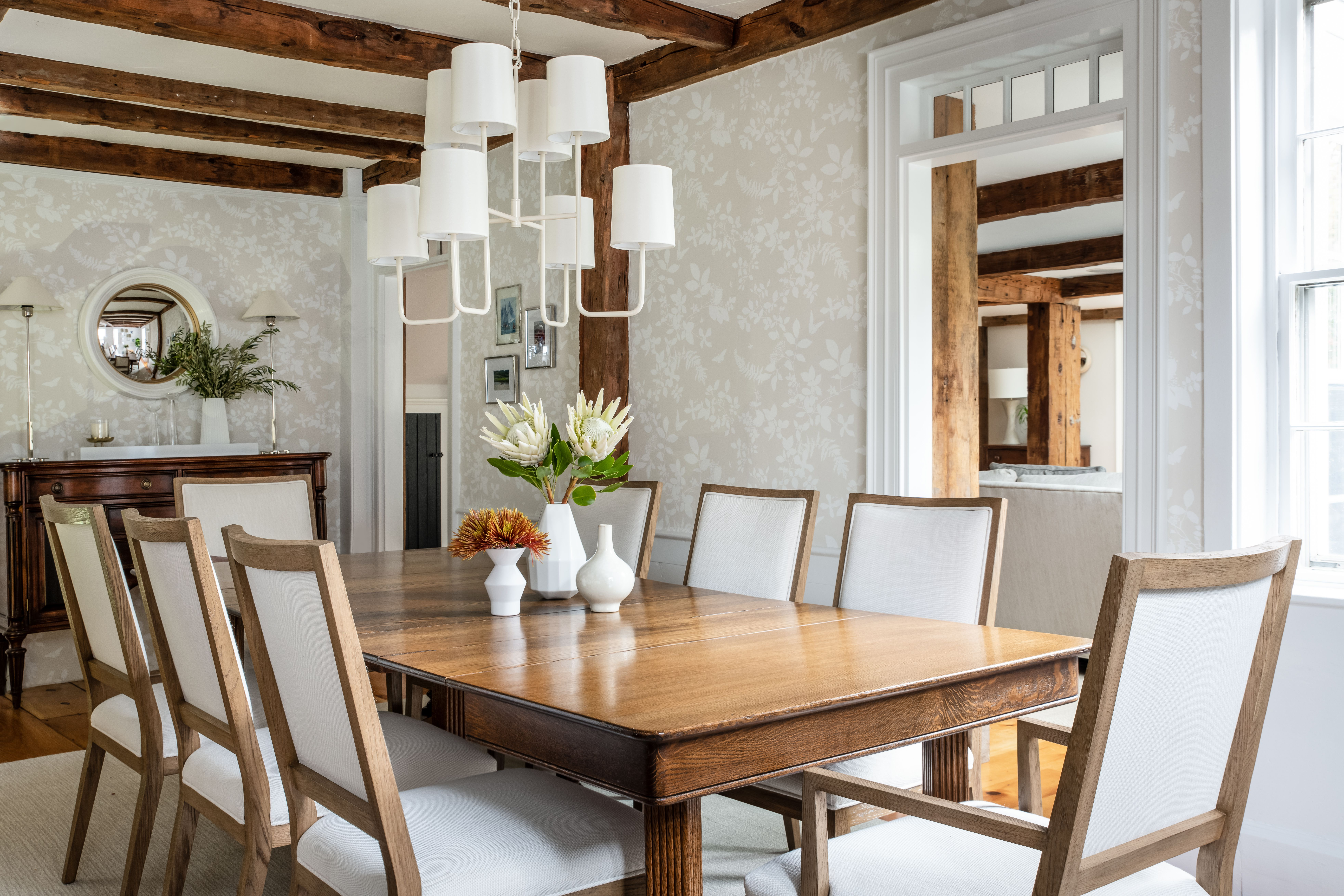 Decorating A New Home Where To Start from thumbor-prod-us-east-1.photo.aws.arc.pub