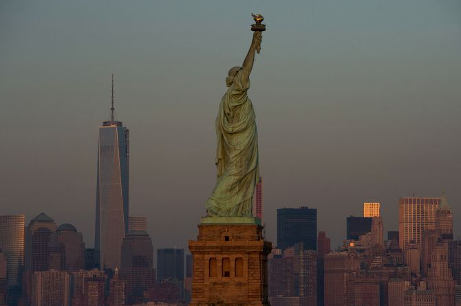 9 Options For Seeing The Statue Of Liberty