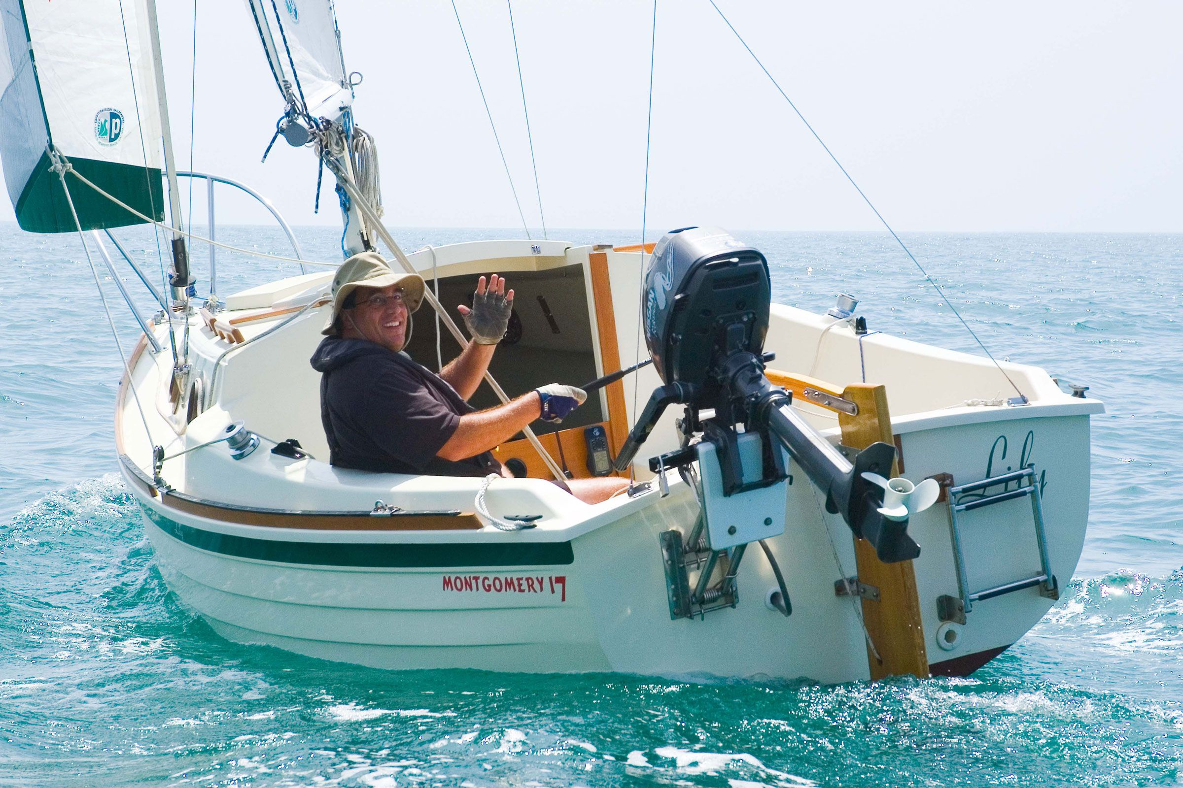 Best Small Sailboats and Daysailers   Cruising World