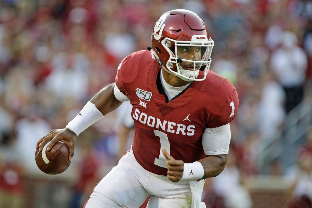new concept 37899 ace92 Jalen Hurts tosses three TDs in 2 quarters, Oklahoma rolls ...