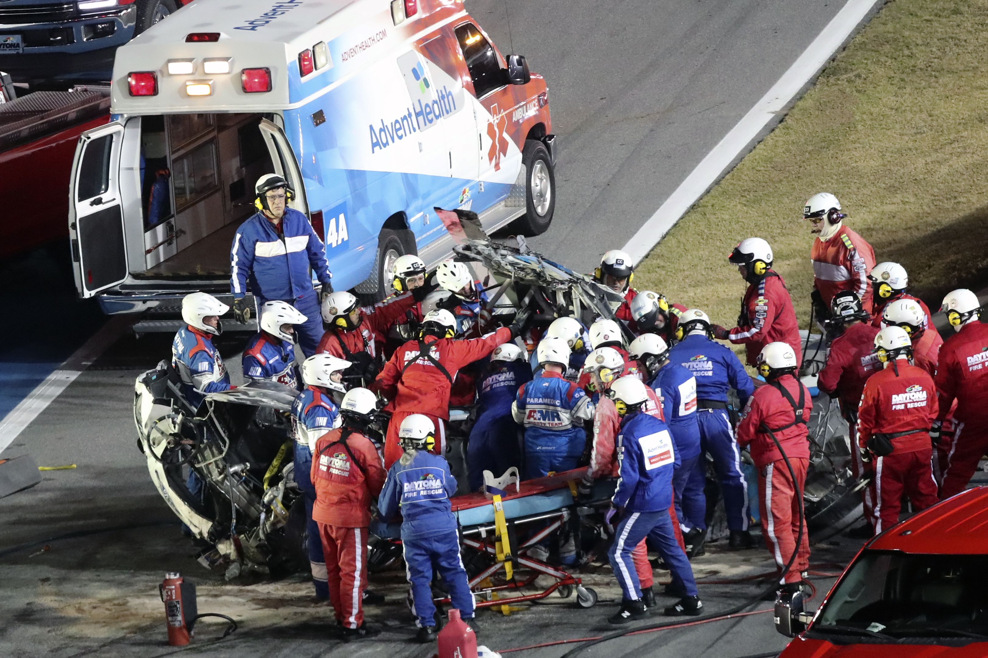 Driver Ryan Newman Hospitalized With Non Life Threatening Injuries After Ghastly Daytona 500 Crash The Boston Globe