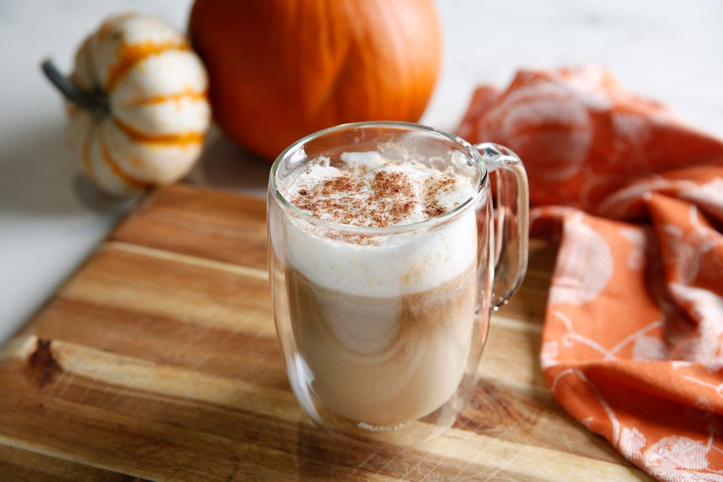 How To Make A Healthy Pumpkin Spice Latte With Way Less