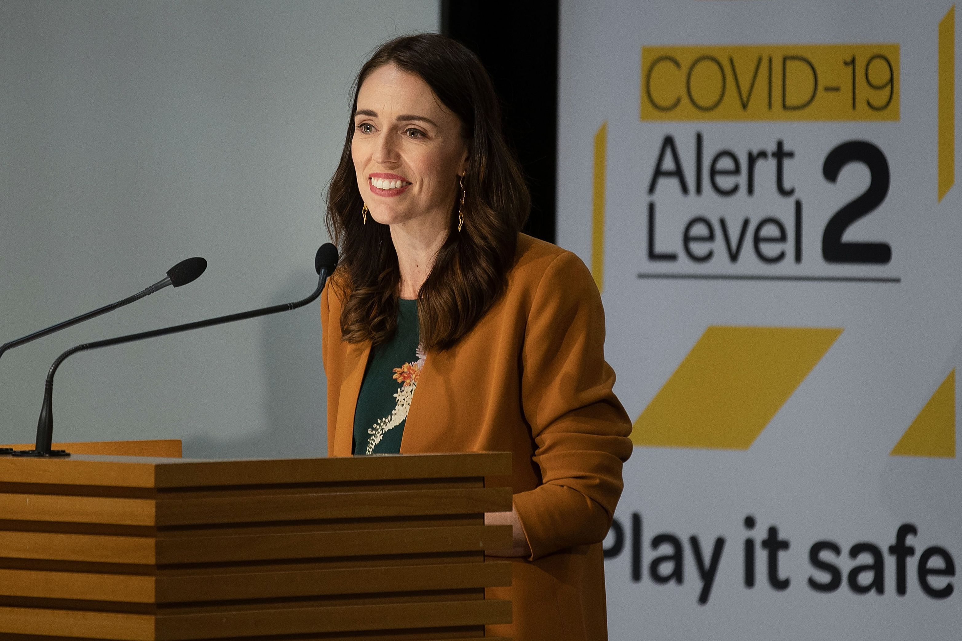New Zealand Now Free Of Covid 19 Able To Remove Restrictions On Fans The Boston Globe