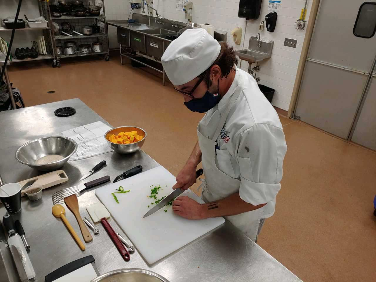 Students Continue To Attend Culinary Classes Despite Dire Restaurant Bar Outlook From Coronavirus Pennlive Com