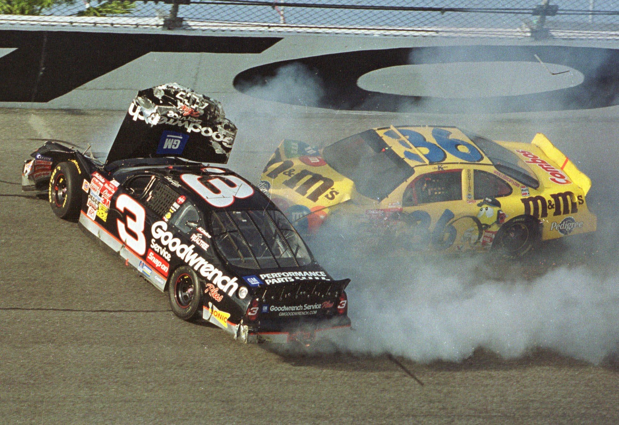 Racing Loses A Giant The Death Of Nascar Driver Dale Earnhardt At The Daytona 500 In 2001 Pennlive Com