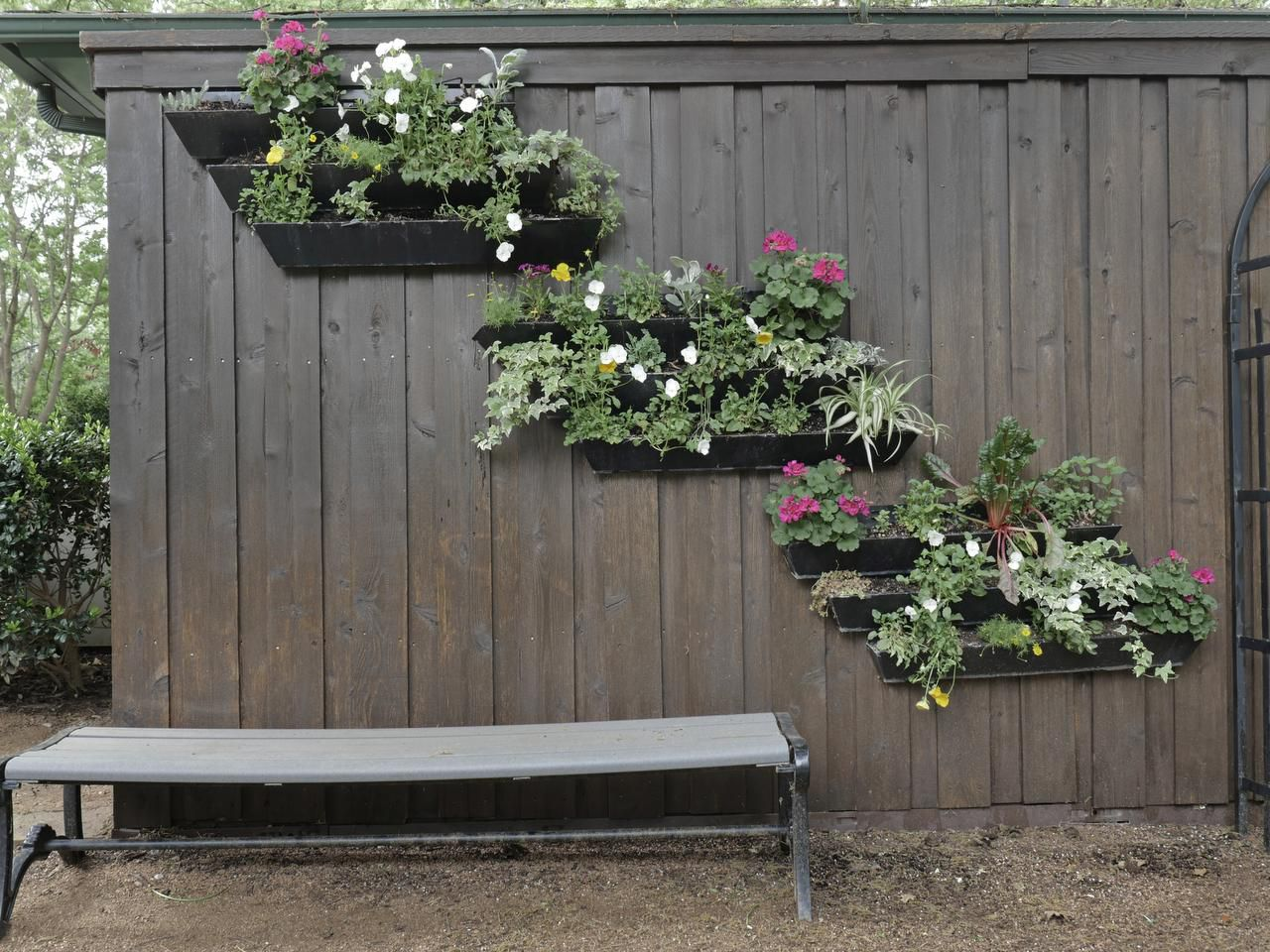 Surprising Vertical Gardening A Creative Use For Wasted Space Short Links Chair Design For Home Short Linksinfo