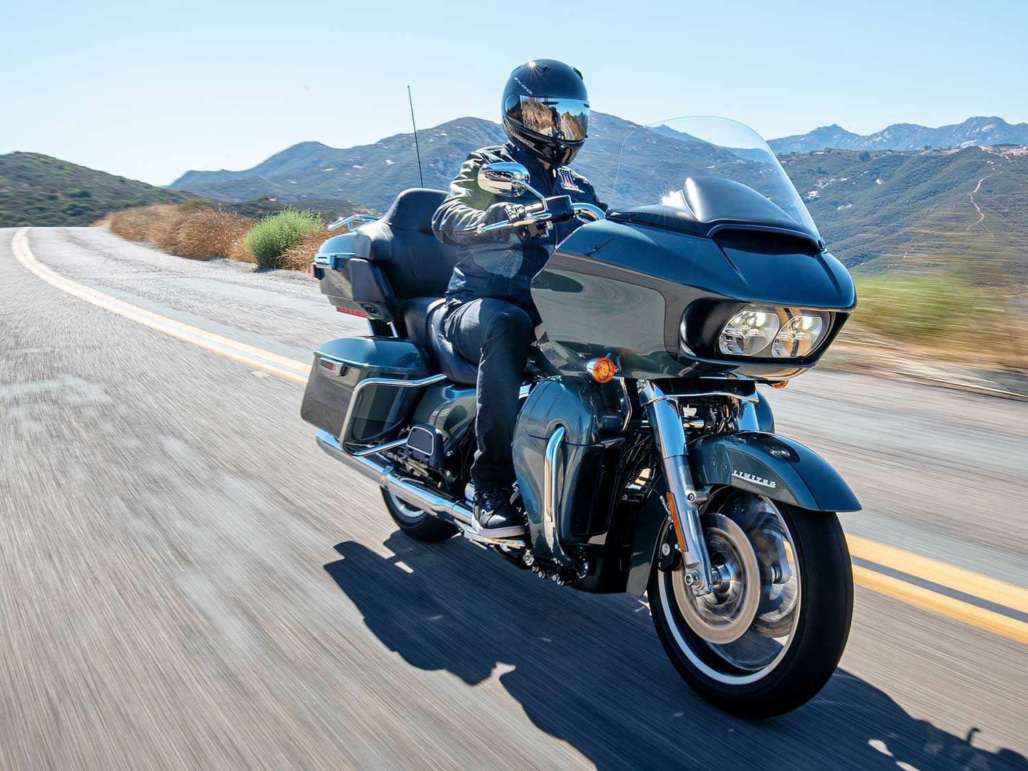 2020 Harley Davidson Road Glide Cvo Limited Review Motorcycle Cruiser