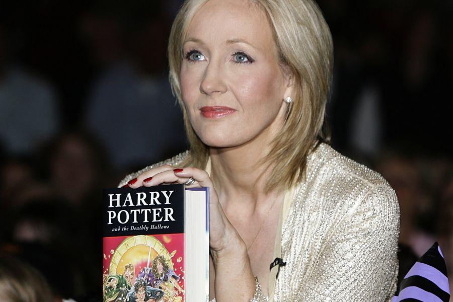 J K Rowling Aclaro Que No Es La Autora De Los Nuevos Libros De