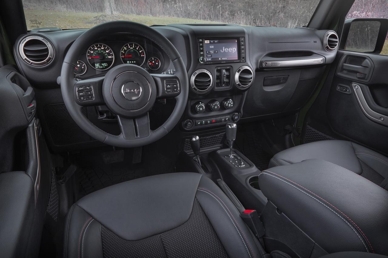 Jeep Wrangler Interior >> Terry Box S Test Drive 2016 Jeep Wrangler Unlimited Sahara