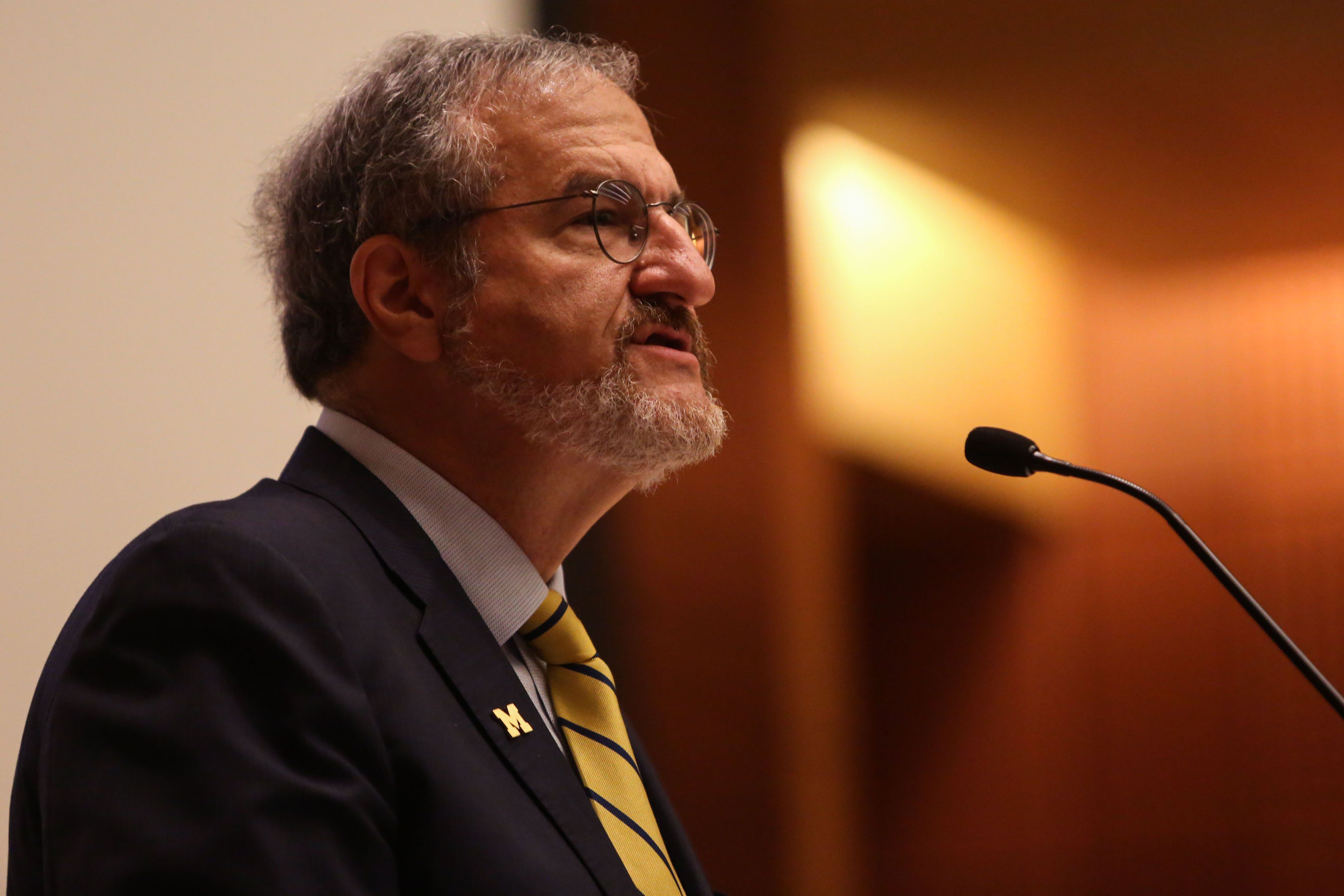 Confusion Over Vote Of No Confidence In University Of Michigan President Mark Schlissel Leads To Review Mlive Com