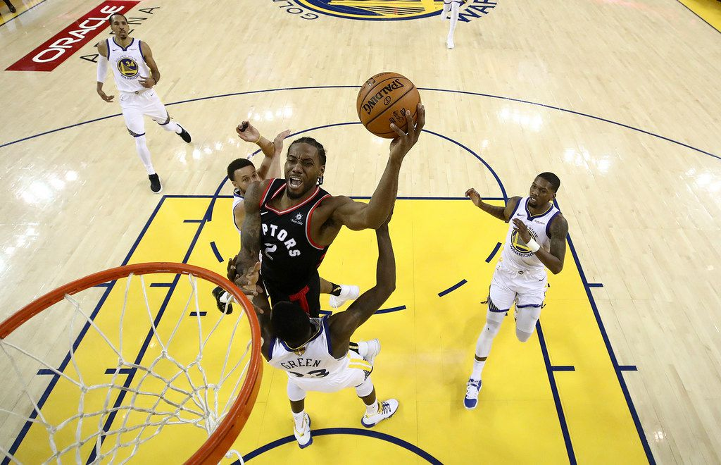 cheap for discount 6e6b6 26108 Stephen Curry erupts for 47 points, but Toronto Raptors fend ...