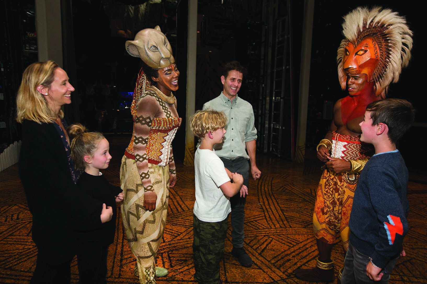 New King On The Block Joey Mcintyre And Family Meet Lion King Cast Members At Opera House The Boston Globe
