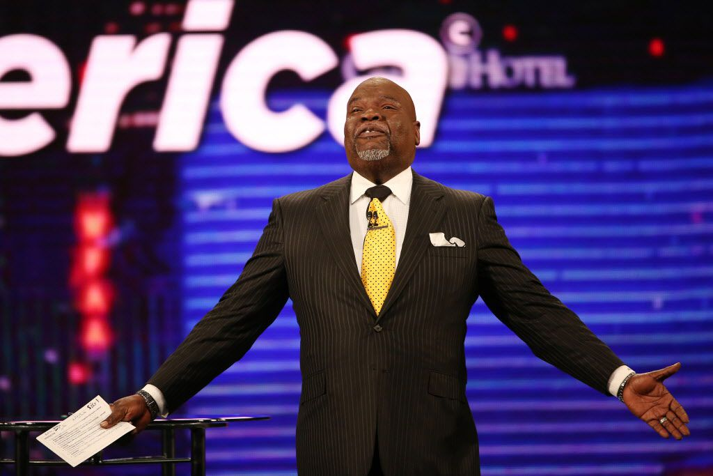 Obama, Colin Powell help T D  Jakes celebrate 40 years in
