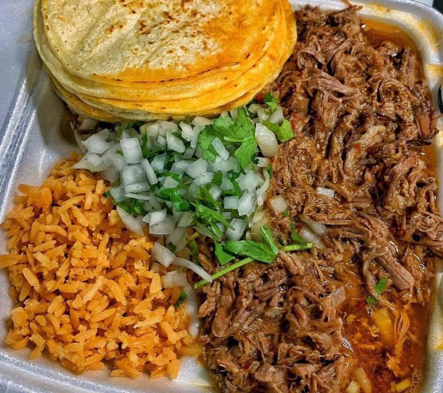 Atlanta Restaurants Chef Smokeys Opens In Austell For Birria Tacos Pizza
