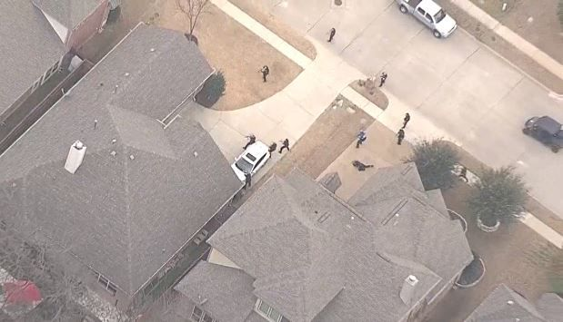 Police Shoot Man They Say Held Woman Against Her Will Carjacked Another During Chase In Far Northeast Dallas