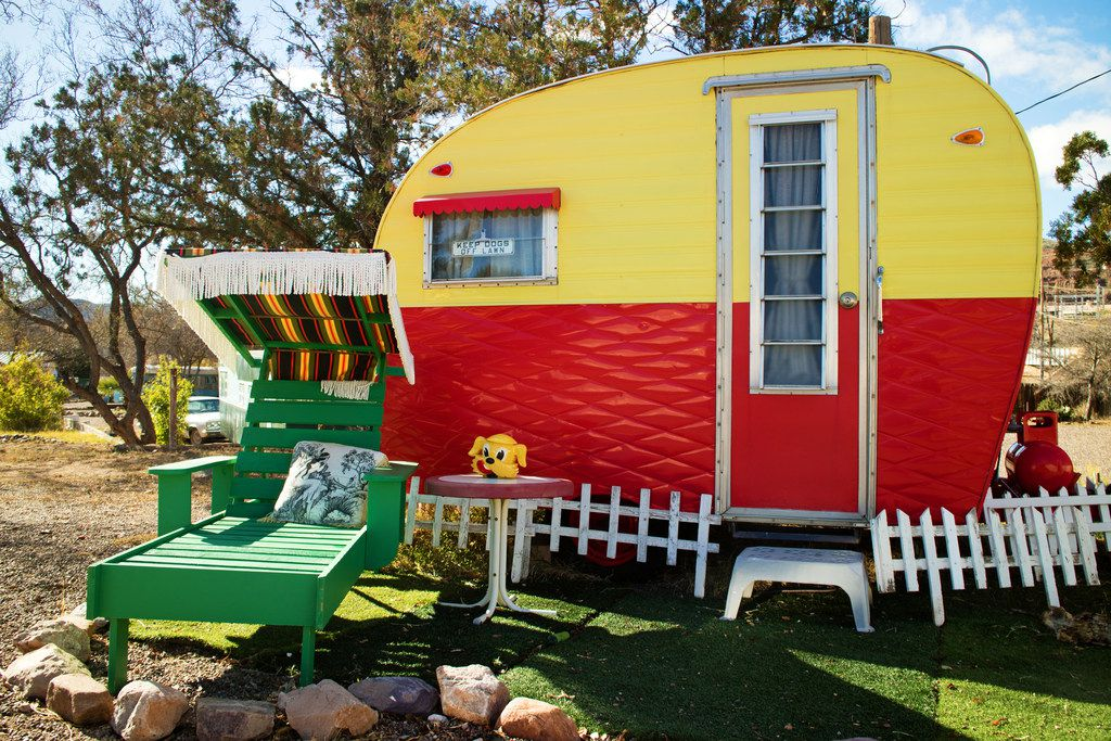Vintage Trailer Resort >> For A Road Trip Without A Hitch Visit A Vintage Trailer Resort
