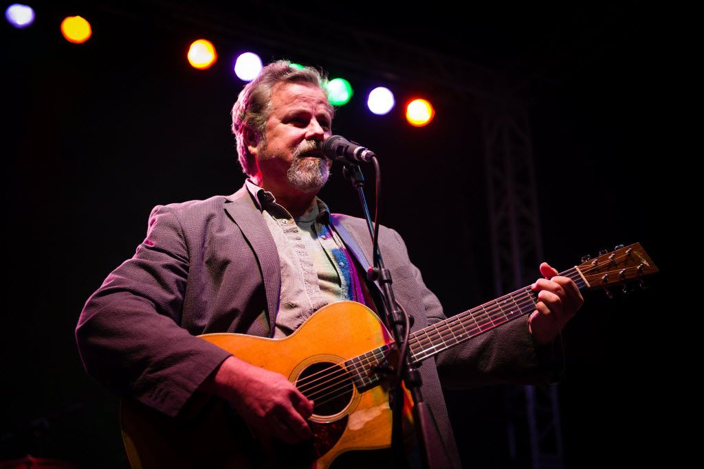 Robert Earl Keen Merry Christmas From The Family.Texas Country Artist Robert Earl Keen Just Call Him The