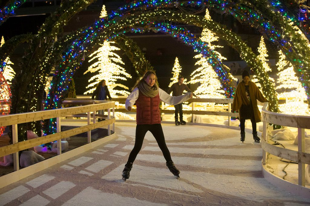 Christmas Ice Skating.Cool Spots For Holiday Ice Skating In Dallas Fort Worth