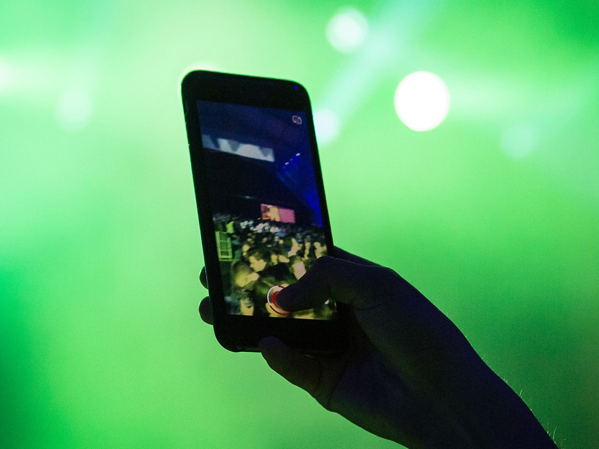 How to record better audio on your phone | Popular Science