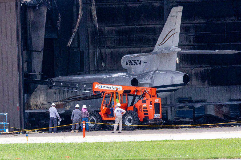 Officials identify 10 Addison plane crash victims, including