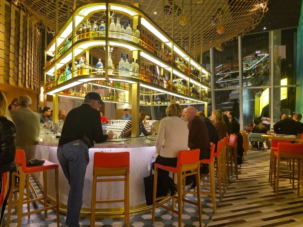 Take A Break From Politics At Mgm S New Vegas Style Resort