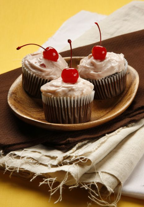Perfect Chili Supper Cherry Dr Pepper Cupcakes