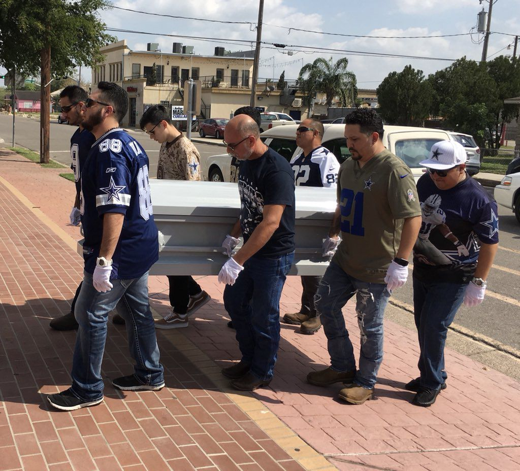 This Cowboys superfan literally went to the grave in a