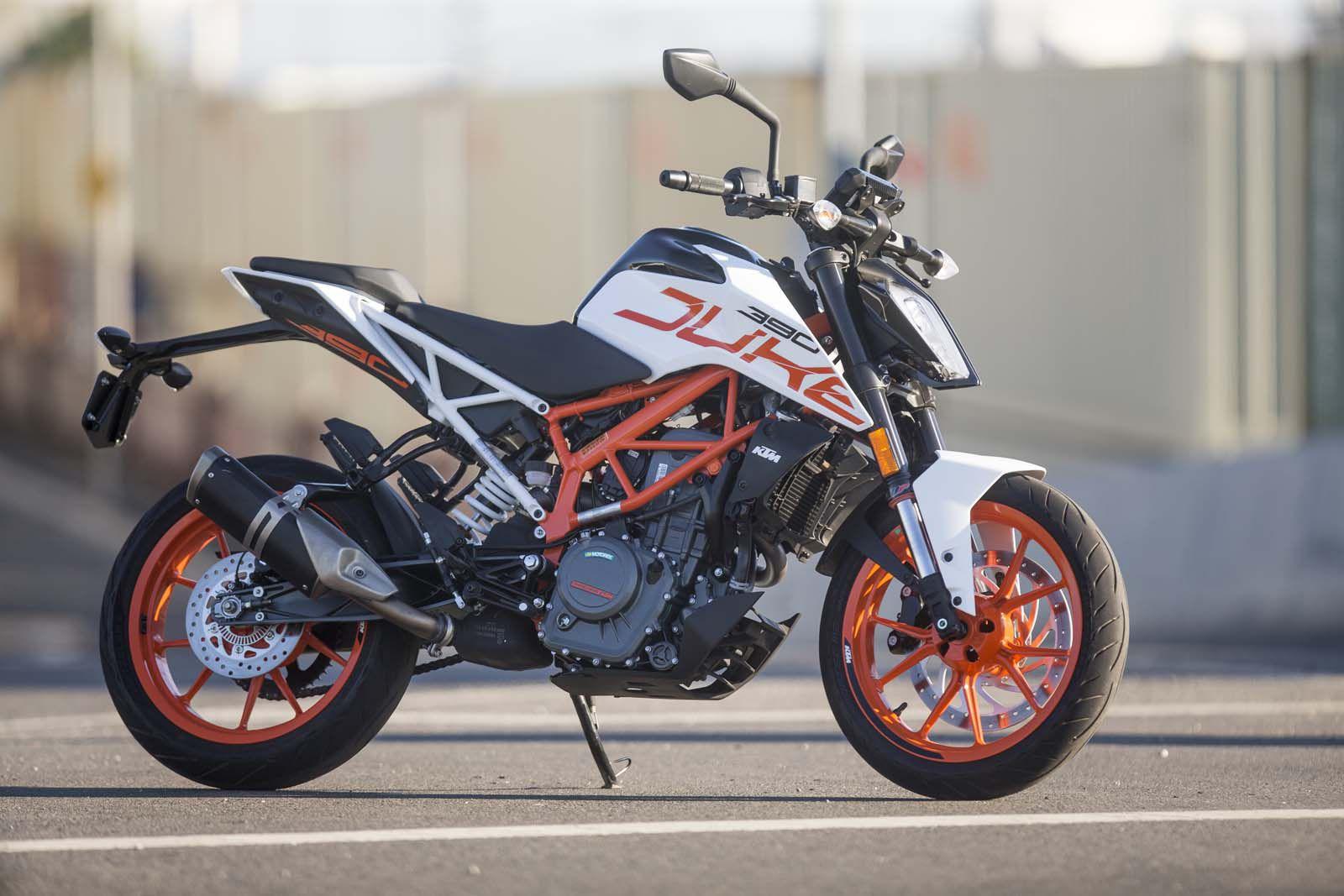 2018 Ktm 390 Duke Review Motorcyclist