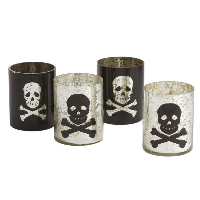 Vintage decor gives bewitching look to Halloween