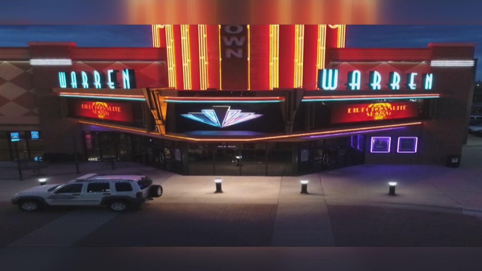 regal cinemas considers closure of all u s theaters kwch com