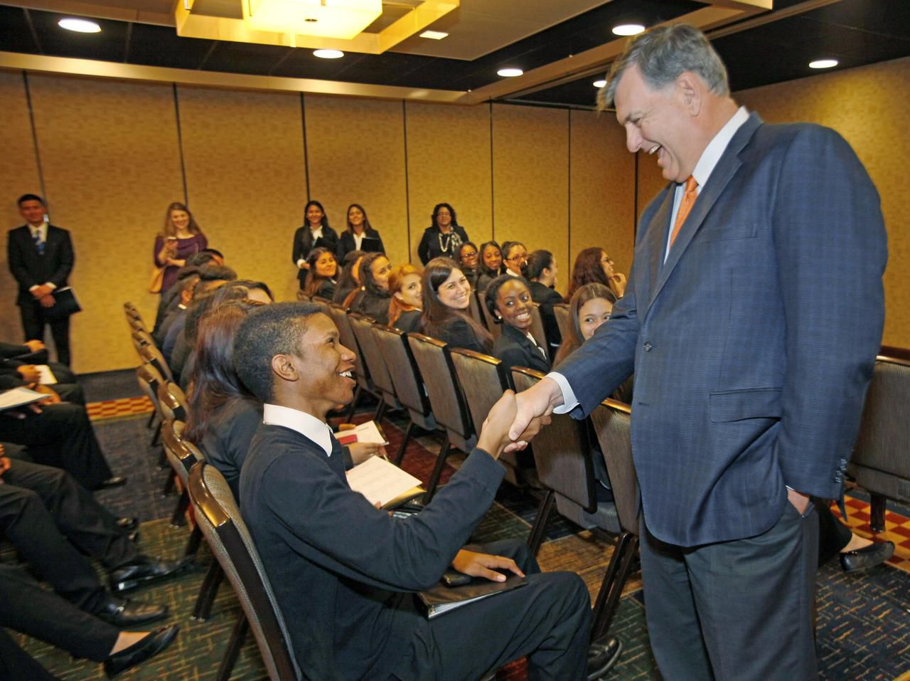 Students Vie For Dallas Mayor S Internship Program