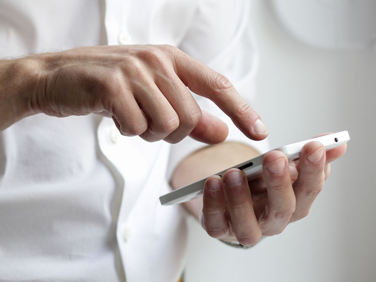 How to finally organize your contact list | Popular Science