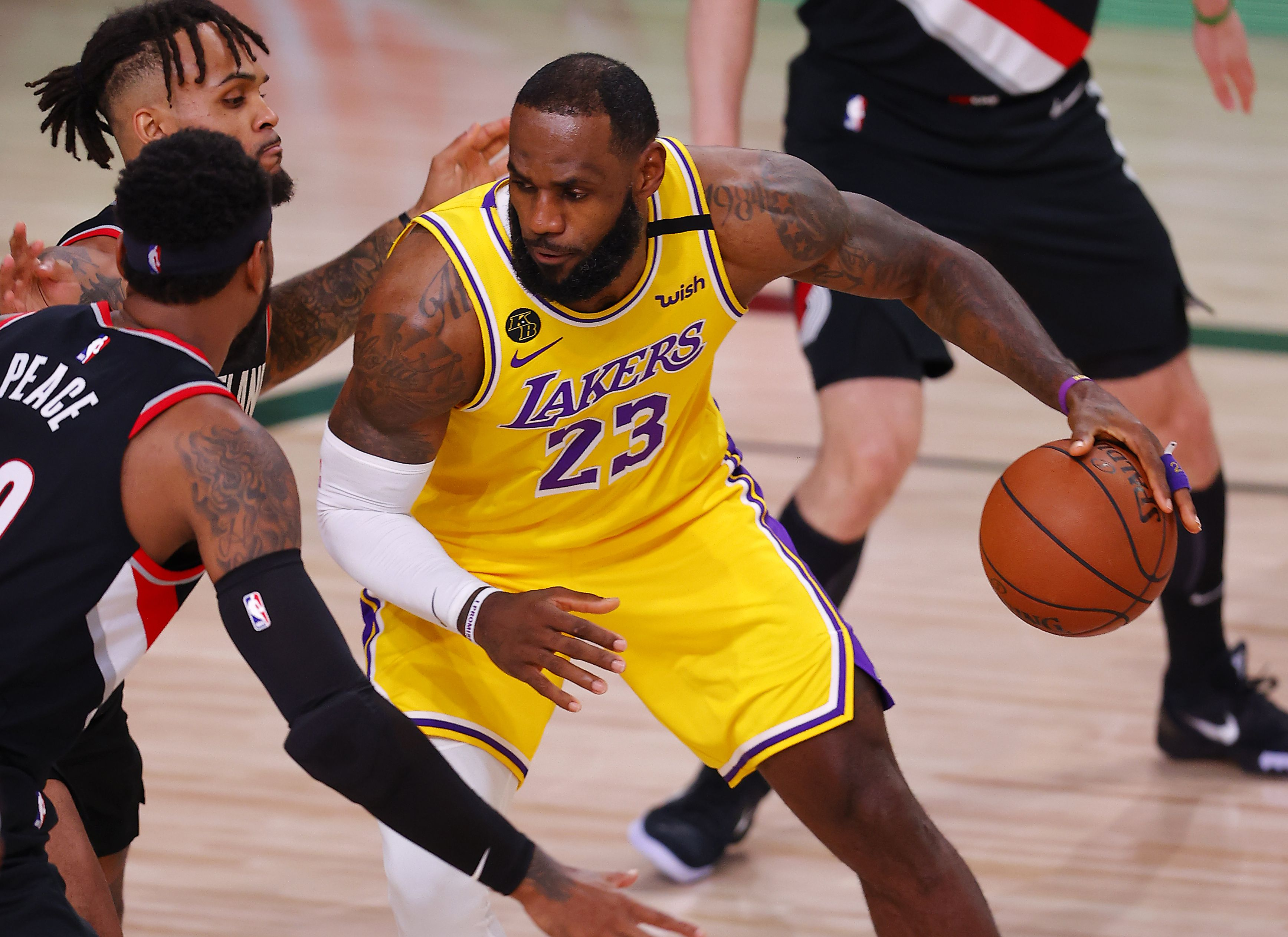 Los Angeles Lakers Vs Portland Trail Blazers Free Live Stream 8 20 20 How To Watch Nba Playoffs Game 2 Time Channel Odds Pennlive Com