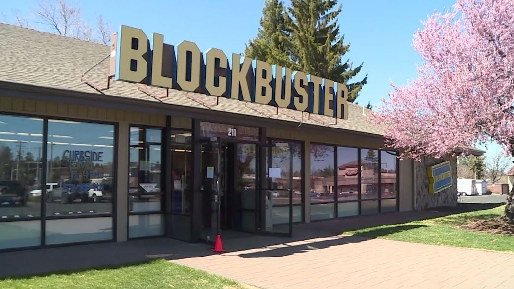 World S Last Blockbuster Store Offers Airbnb Experience