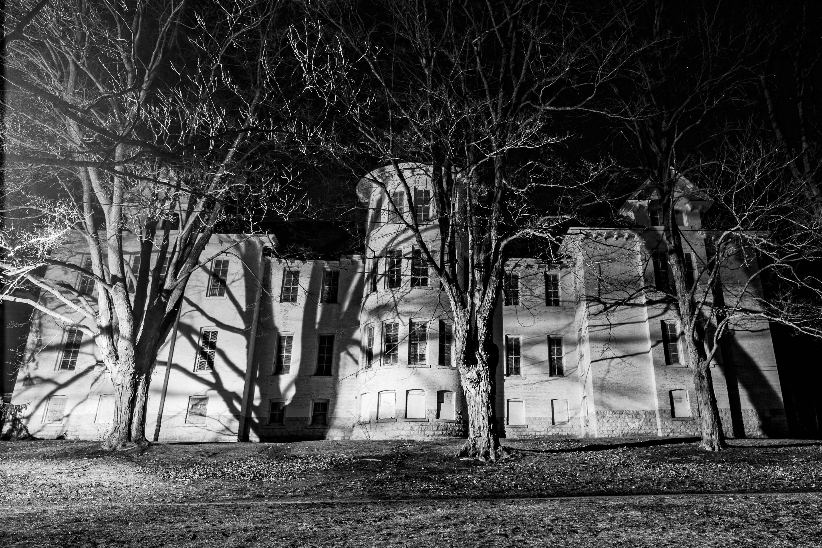 Asylum After Dark Tours To Open At Traverse City S Former Psychiatric Hospital Mlive Com