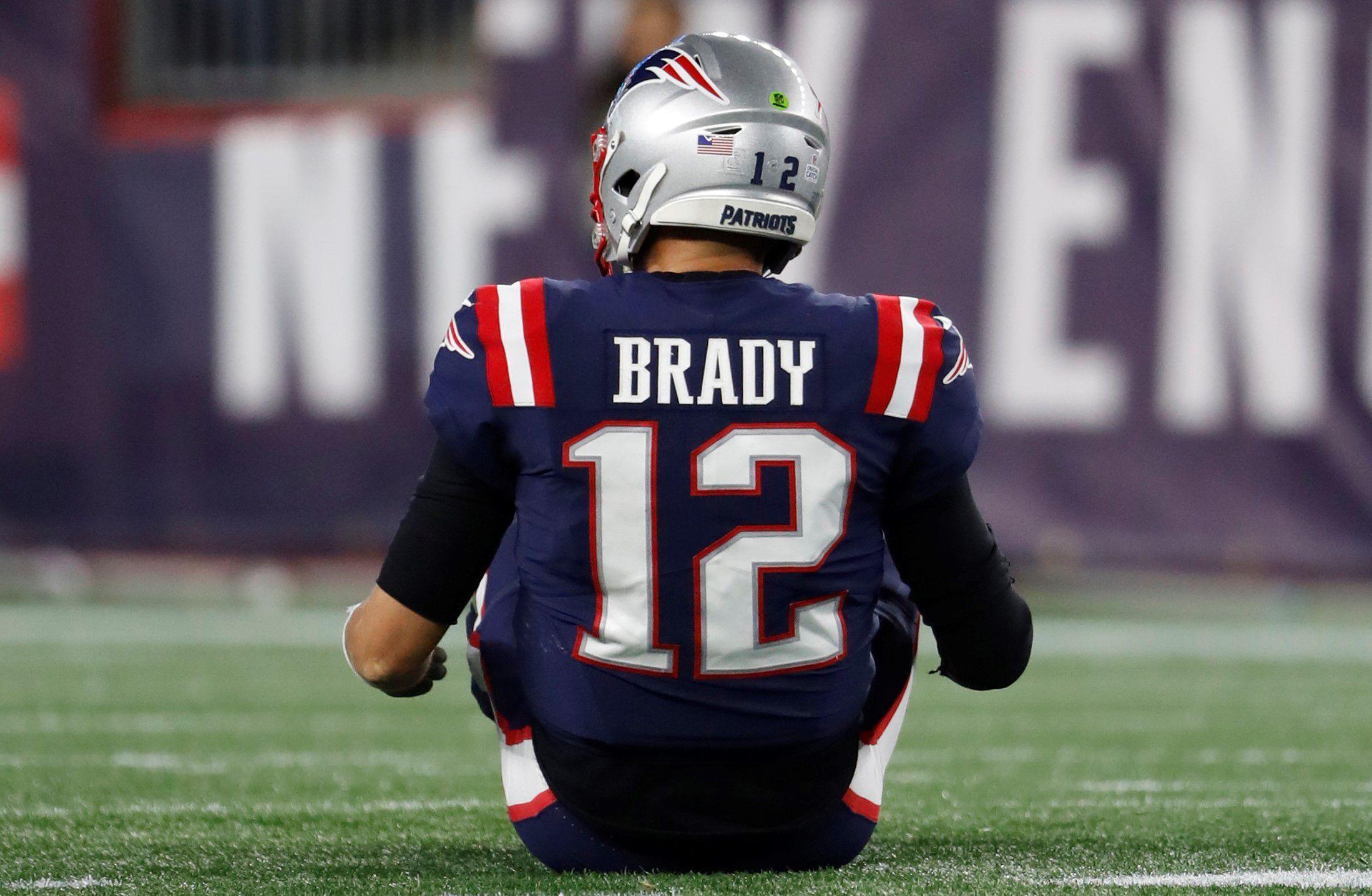 Will Tom Brady wear jersey No. 12 with Buccaneers? Chris Godwin ...