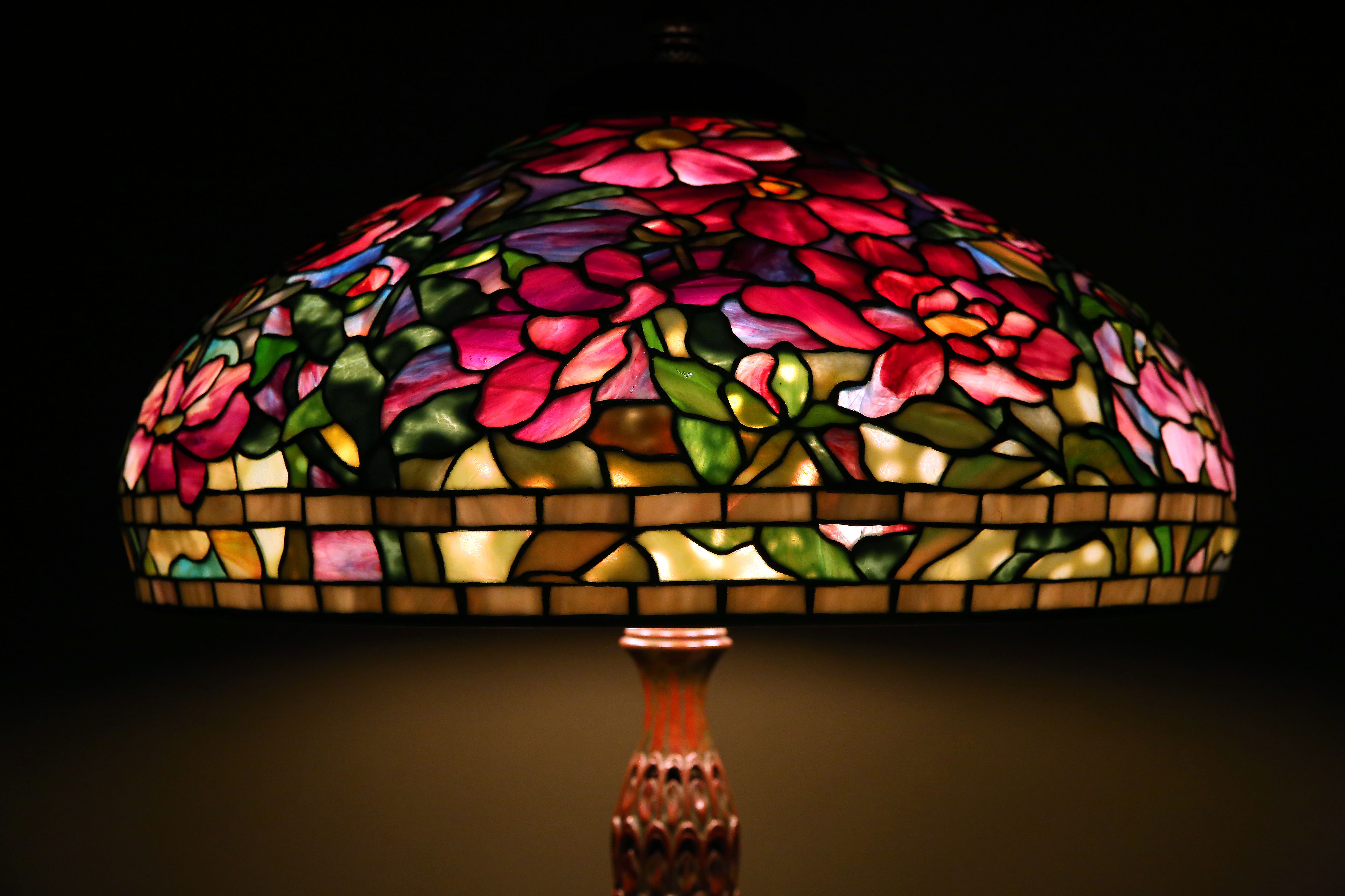 Cleveland Museum Of Art Brightens Dark Season With Louis Comfort Tiffany Lamps Cleveland Com