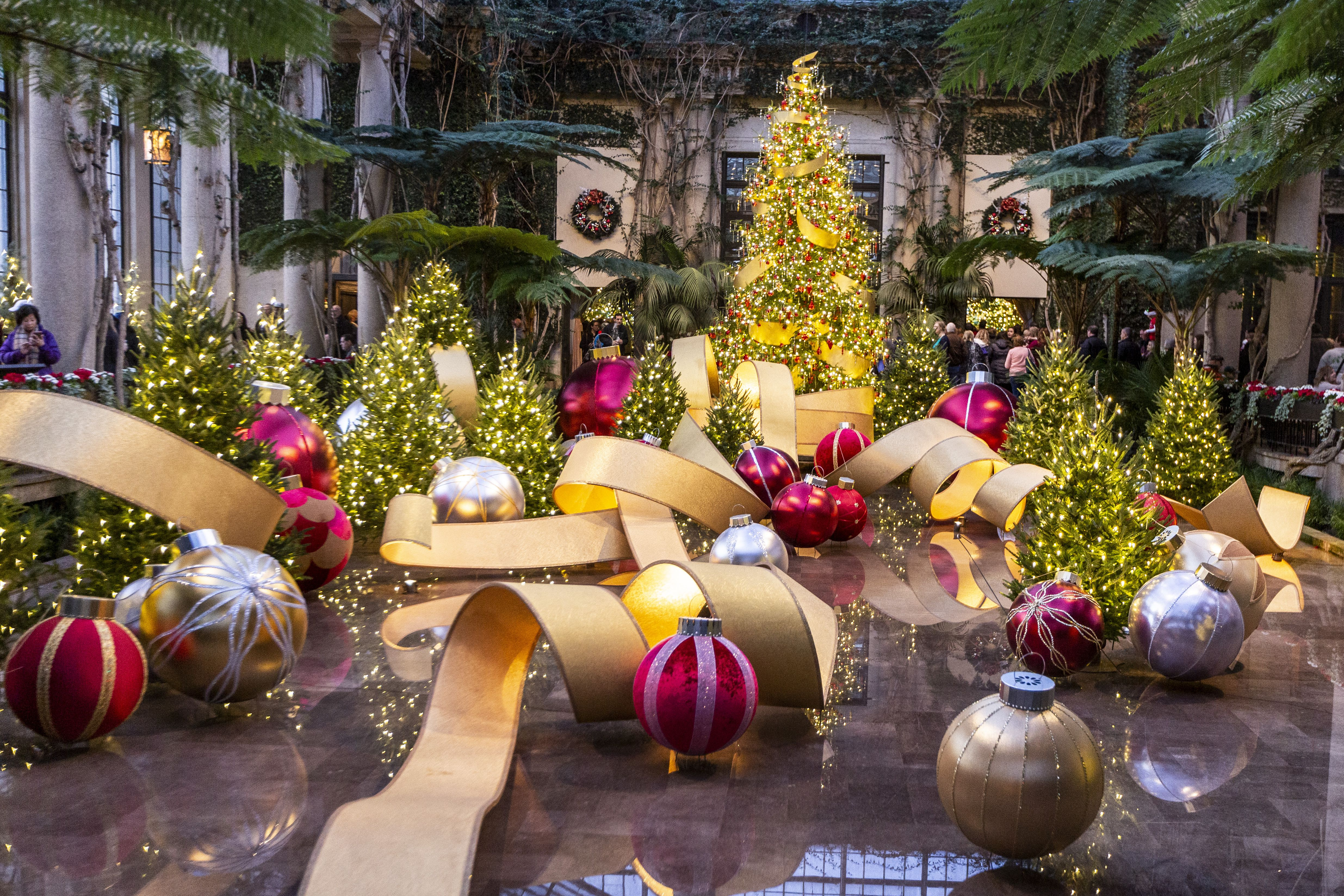 Longwood Gardens to bring back massive Christmas display in
